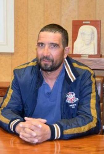 Αρναούτης Γιώργος